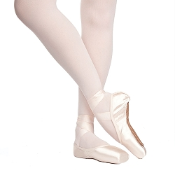 Rubin Pointe Shoe by Russian Pointe